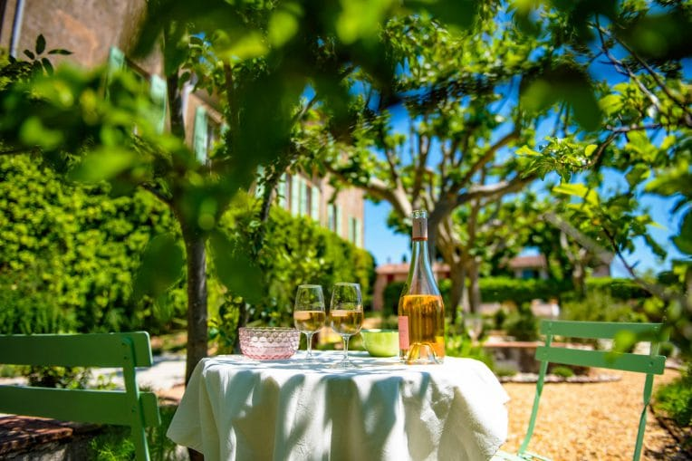dégustation vin Bastide saint Esteve var Provence