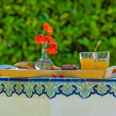 petit déjeuner Bastide Saint Estève gîte
