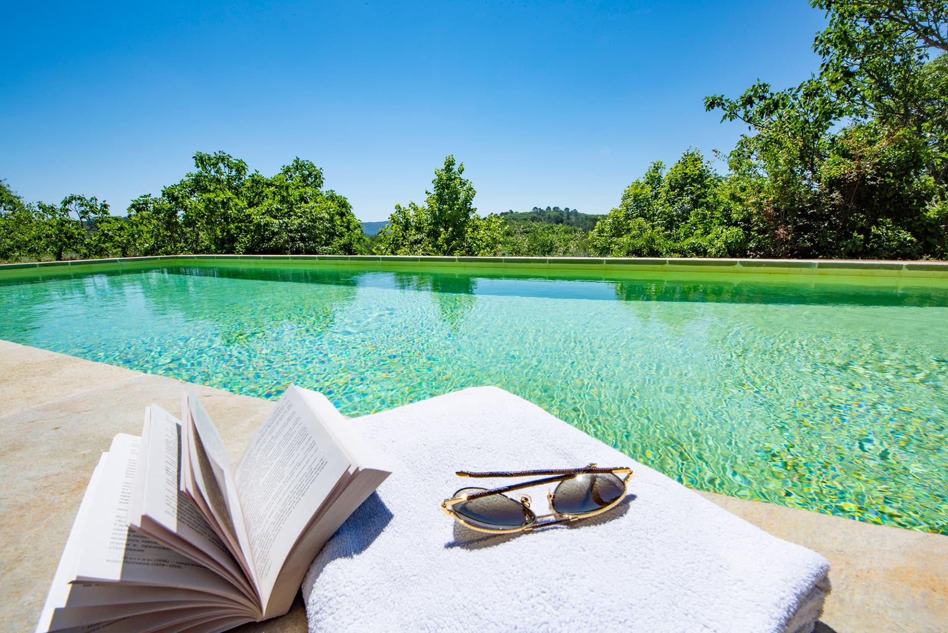 piscine gite location Bastide saint Esteve